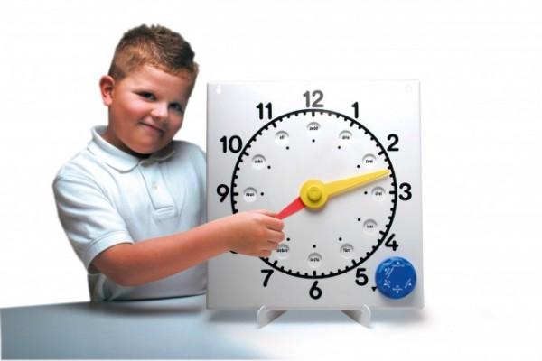 Orologio per l'insegnamento (DE)